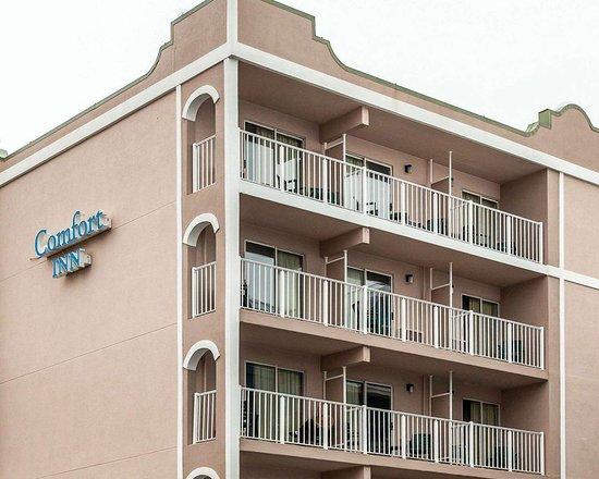 Comfort Inn Boardwalk: Hotel near ocean