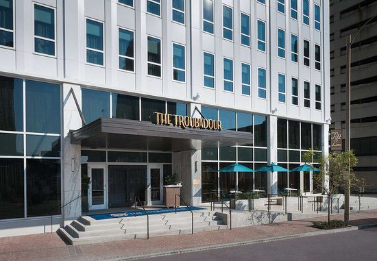 THE TROUBADOUR HOTEL NEW ORLEANS, TAPESTRY COLLECTION BY HILTON $101 ...