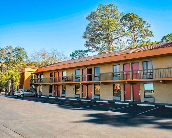 Econo Lodge Panama City