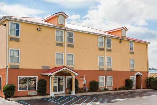 Surestay Plus Hotel By Best Western Chattanooga Hamilton Place Tn Foto S Reviews En Prijsvergelijking Tripadvisor