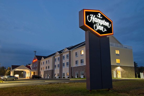 Hampton Inn by Hilton Bangor: Exterior