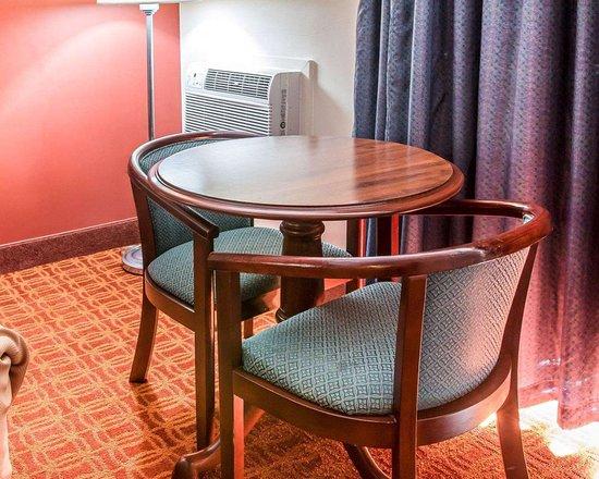 Hotel Rooms In Cadillac Mi