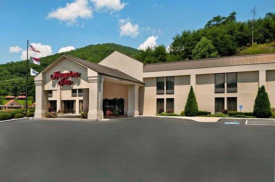 Hampton Inn Cherokee: Exterior