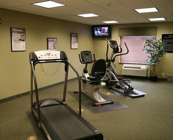 Hampton Inn Clinton: Health club