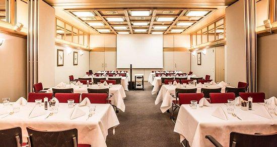 Best Western Premier Hotel Rebstock: Restaurant