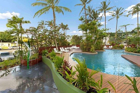 rydges esplanade resort cairns 136 1 5 9 updated. Black Bedroom Furniture Sets. Home Design Ideas