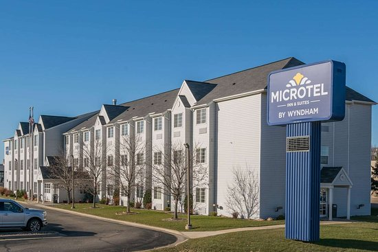 Microtel Inn & Suites by Wyndham Rochester Mayo Clinic North