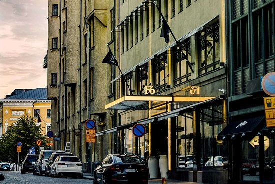 Hotel exterior (325509155)