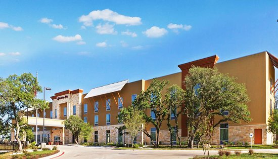Hampton Inn Austin/Oak Hill: Exterior