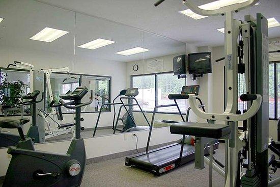 Hampton Inn Charleston - Downtown: Health club