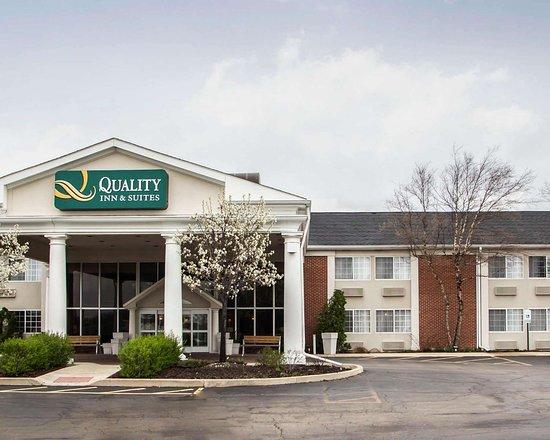 Quality Inn & Suites: Hotel exterior