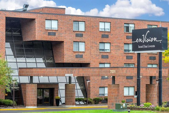 South Saint Paul, MN: Hotel exterior