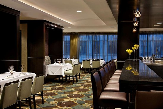 Cheap Hotels Downtown Toronto Entertainment District
