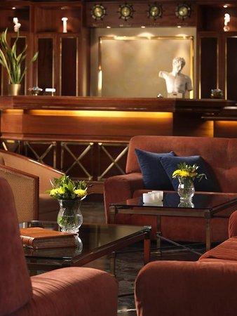 Royal Savoy Hotel : Lobby View