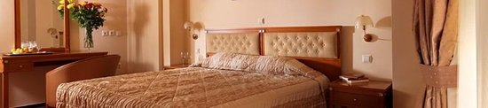 Royal Savoy Hotel : Guest room
