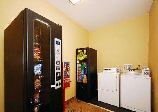 Rockmart, GA: Guest laundry facilities