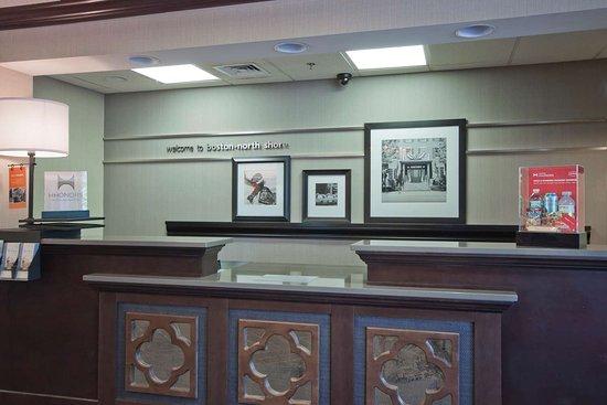 Hampton Inn Boston/Peabody: Reception