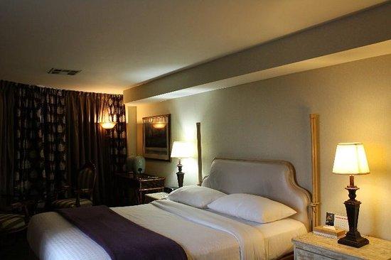 Garden Suites Hotel & Resort: Guest Room