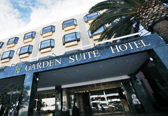 Garden Suites Hotel & Resort: Exterior View
