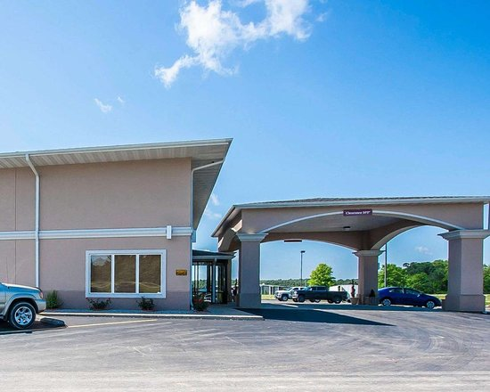 Willow Springs, MO: Hotel exterior