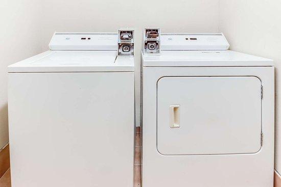 Baymont By Wyndham Kalamazoo Laundry