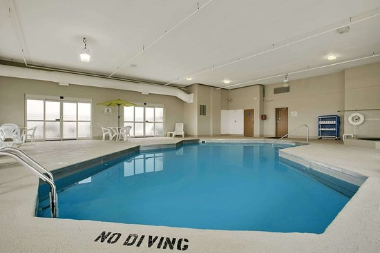 Haubstadt, IN: Pool