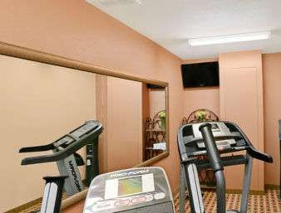 Jacksonville, IL: Fitness Center