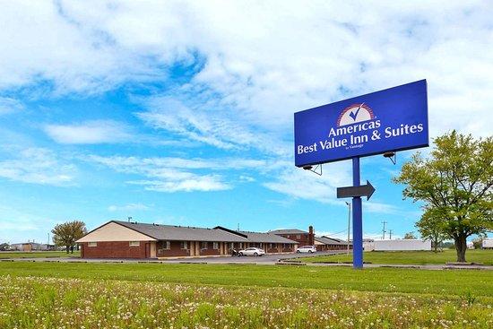 Millbury, Οχάιο: Exterior Signage