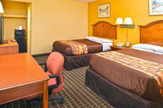 Millbury, Οχάιο: Two Queen Beds Suite