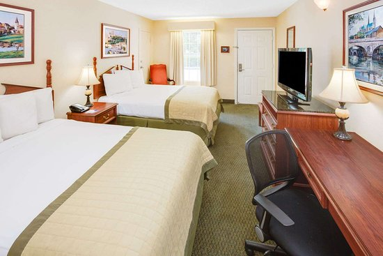 Ozark, AL: Guest room