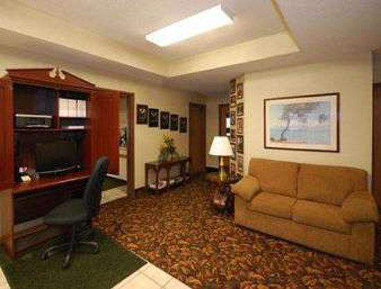 Marinette, WI: Business Center