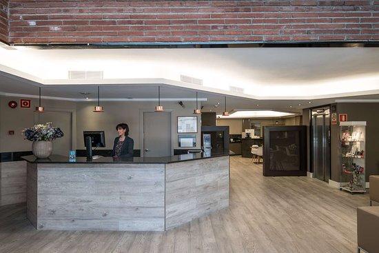 Catalonia albeniz hotel barcellona spagna prezzi 2018 for Ostelli barcellona centro economici