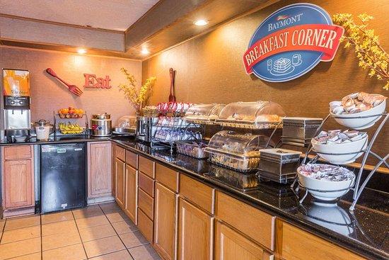 Baymont by Wyndham Lancaster: Breakfast Area