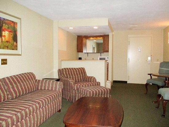Oriskany, NY: seating area