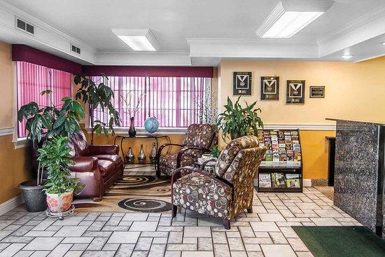 Roseburg, OR: Hotel lobby