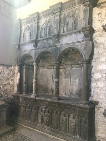 Medieval Mile Museum: Burial tomb