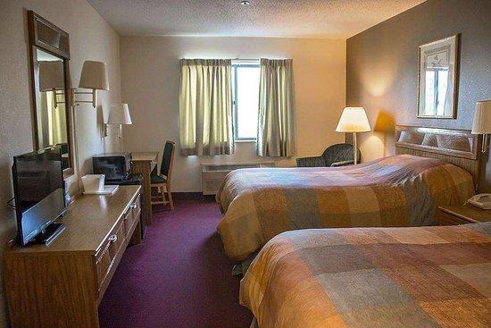 Harvard, IL: Guest room