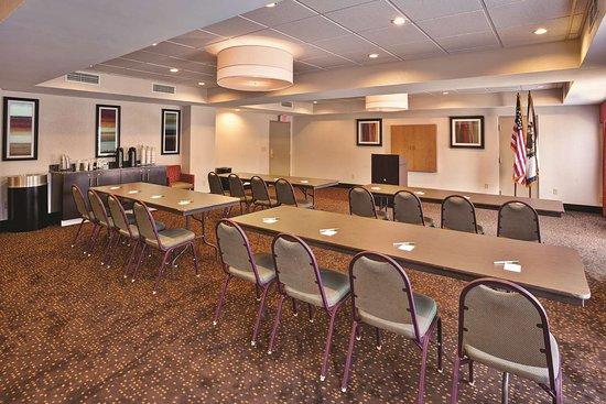 Elkview, WV: Meeting room