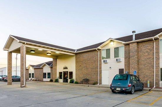 Ainsworth, NE: Hotel exterior