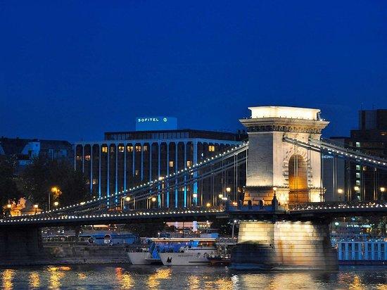 Sofitel budapest chain bridge 162 2 9 4 39 excellent for Hotel budapest