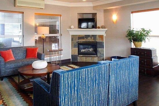 elizabeth oceanfront suites 124 1 3 7 updated 2018. Black Bedroom Furniture Sets. Home Design Ideas