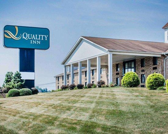 Quality Inn Enola - Harrisburg: Hotel exterior