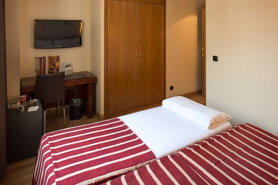 catalonia roma 68 7 4 updated 2019 prices hotel reviews rh tripadvisor com