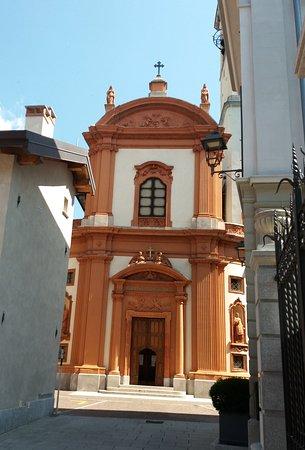 Chiesa di S. Vincenzo: La facciata della chiesa