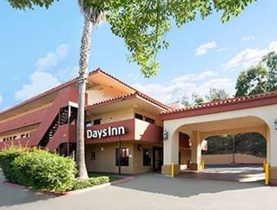 Days Inn by Wyndham Encinitas Moonlight Beach