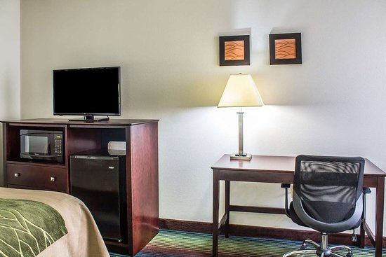 desk for a small bedroom comfort inn pittston wilkes barre scranton airport 2 5 18640