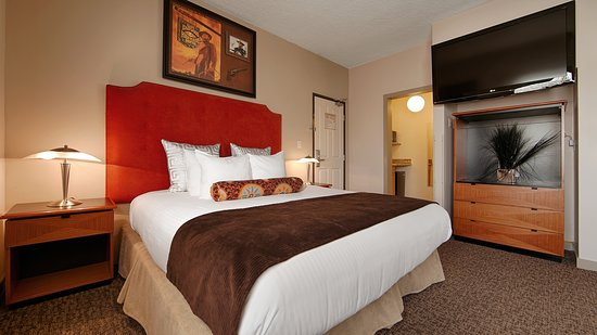 Best Western Plus Hollywood Hills Hotel: King Guest Room