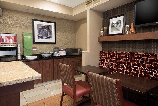 Hampton Inn Sacramento/Rancho Cordova: Restaurant