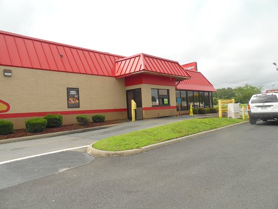 Onley, VA: drive thru