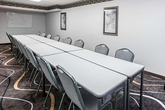 Econo Lodge South Garner: Large space perfect for corporate functions or training
